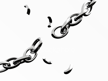 thumb_ist2_2976099_broken_chain_iv